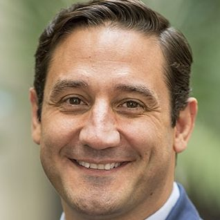 Luis Ferrándiz | IESE Business School